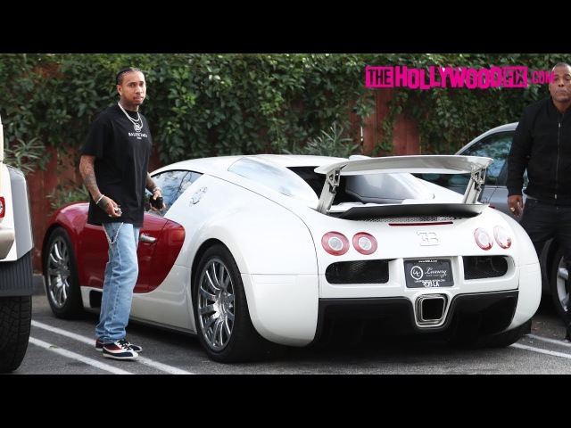 Tyga Macks On Girls While Flexing Hard In His New Bugatti At Tocaya On The Sunset Strip