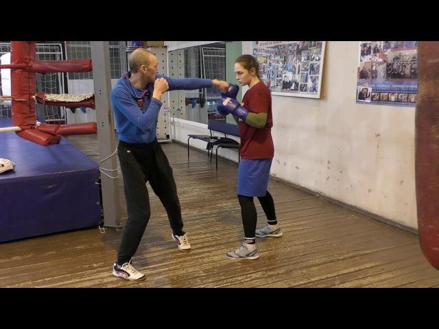 Бокс: усилить хлёсткость удара за счёт подшага