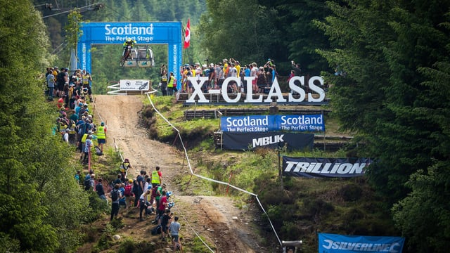 Voul Voul Racing in Fort William - DHI 2