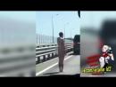Наказание за измену. Голая девушка на дороге. Жесть!