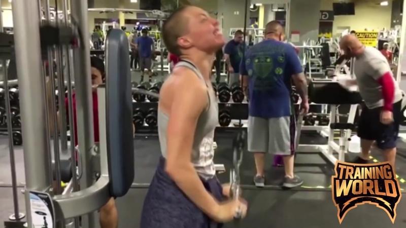 Rose_Namajunas_Biceps_And_Triceps_WorkoutTraining_WorldTraining_World91