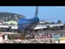 Взлет самолета на пляже Сен Мартен