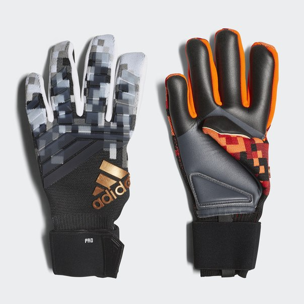 Вратарские перчатки Predator Pro Telstar