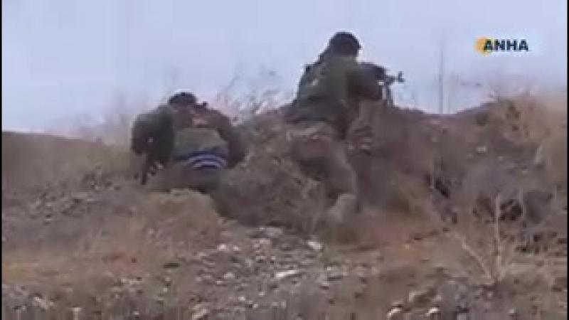Турки ещё не пересекли границу, зато курды героически уже отразили 50 атак ...