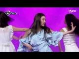 180802 Chung Ha ' Love U' @ M Countdown. E 581