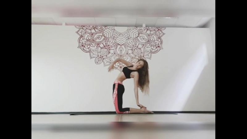 Йога флоу - Yoga flow