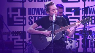 Miley Cyrus - Wildflowers (Tom Petty Cover) Live