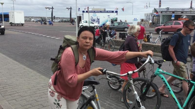 Голландия Терсхелинг Fietsen te huur Велосипед огромен, как голландская лошадь часть 4