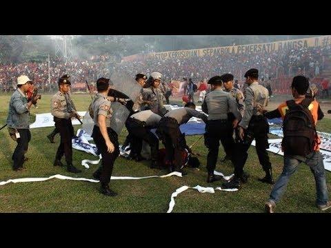 AREMA INDONESIA VS PERSIB BANDUNG INDONESIA FANS 15 04 2018