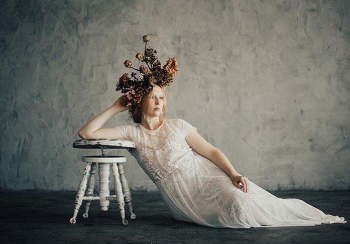 Фотосессия с цветочным оформлением от Эми Балстерз