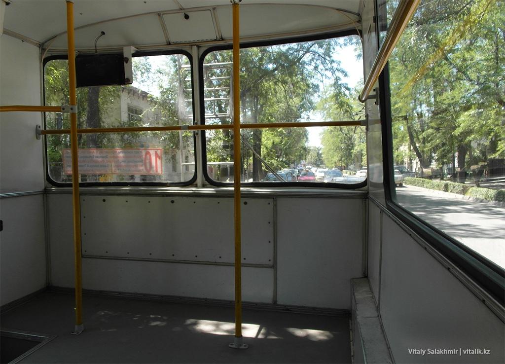 Троллейбус в Бишкеке