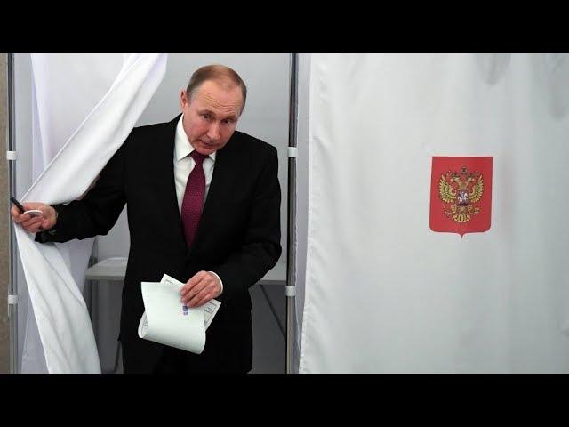 Vladimir Poutine donné largement gagnant pour un quatrième mandat à la tête de la Russie