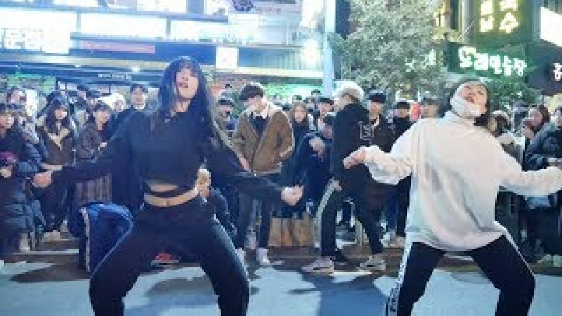 171225 홍대 직캠 9 Lip Hip HyunA 현아 SIGNAL TWICE 고민보다 Go BTS 여성댄스팀 크리스마스 버스킹