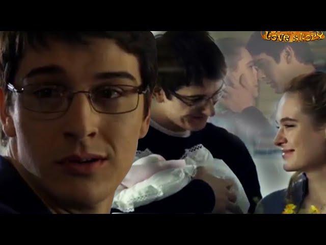 Для тебя жалеть не стану ласки))Стас БондаренкоАнна Горшкова)Повезет в любви )