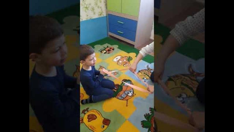 НЕГОВОРЯЩИЕ И ПЛОХО ГОВОРЯЩИЕ ДЕТИ Совместное внимание