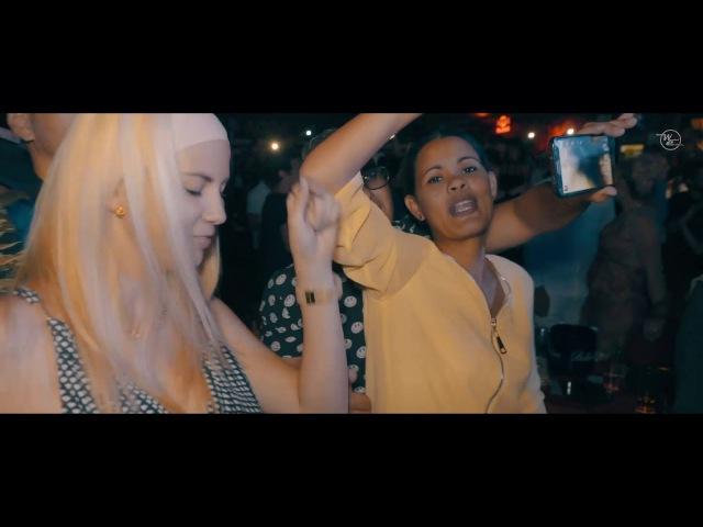 El Taiger- Chaina (Official Live - Salón Rojo Del Capri)