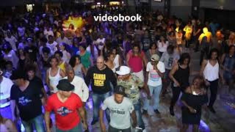 Muitos passinhos na festa do Dia do Samba Rock!! Eu amo muito todos vocês