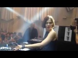 Nina Kraviz plays Energy 52 - Cafe Del Mar