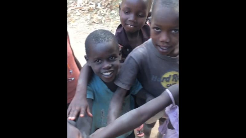 O bucurie nespus de mare pentru acești copii