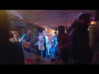 Amazin' five в баре лос бандидос