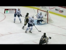 Evgeni Malkin rifles in a one timer Идеальное попадание Малкина