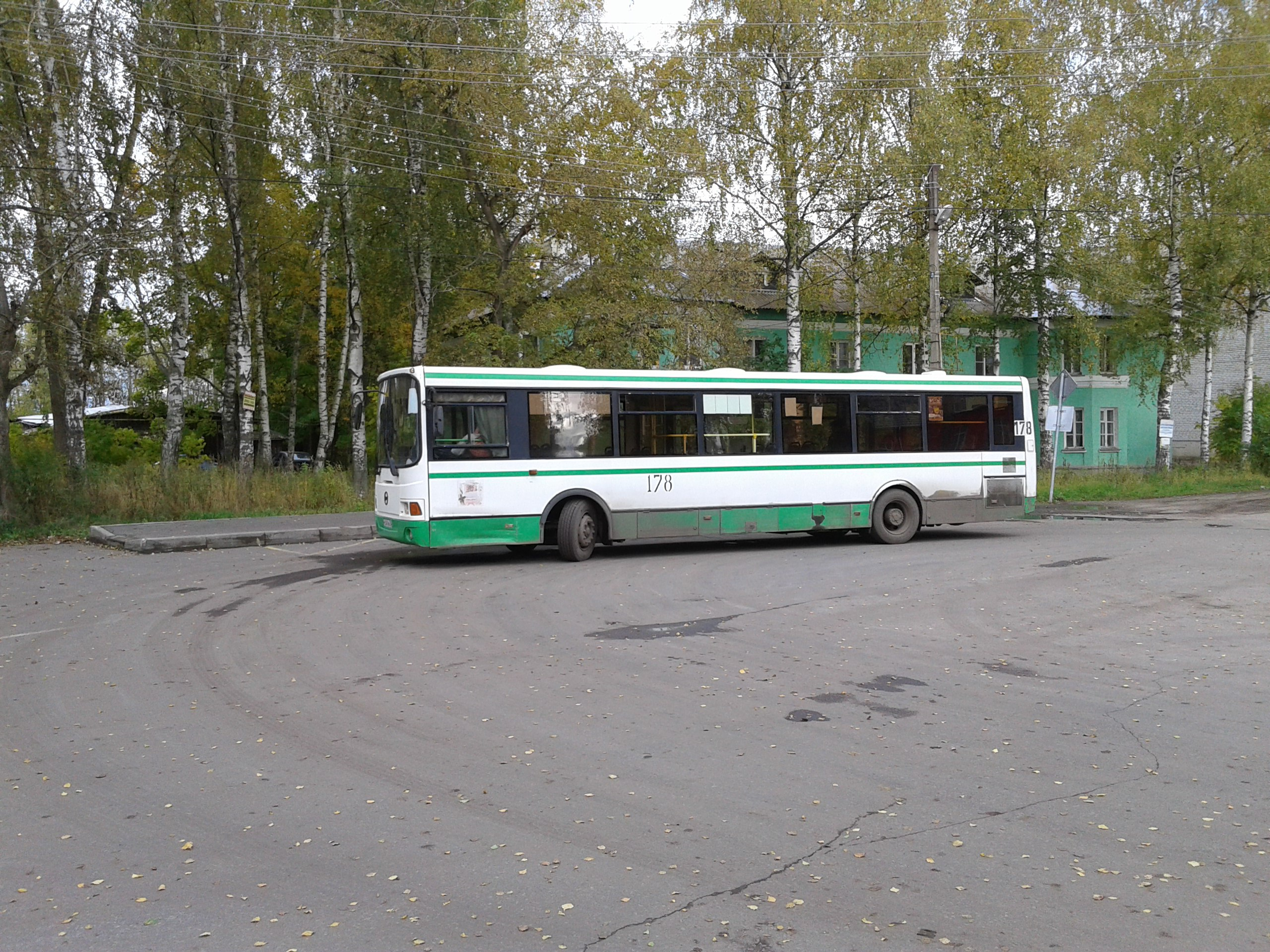 Автобус №1. Остановка: ул.Буксирная (конечная)
