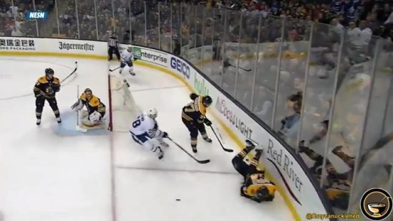 Adam McQuaid54 injure(7game,1round,play-off 17-18 Toronto Maple Leafs-Boston Bruins)