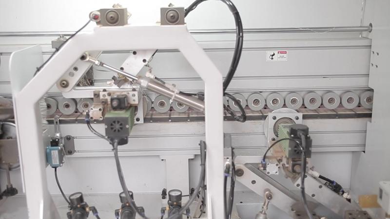 Узел контурной фрезеровка на кромкооблицовочном станке WDMAX 5-й серии