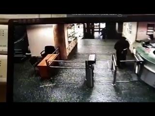 При нападении на журналистку Эха Москвы пострадал смоленский охранник