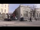 ГИБДД убирает припаркованные машины с пешеходной зоны