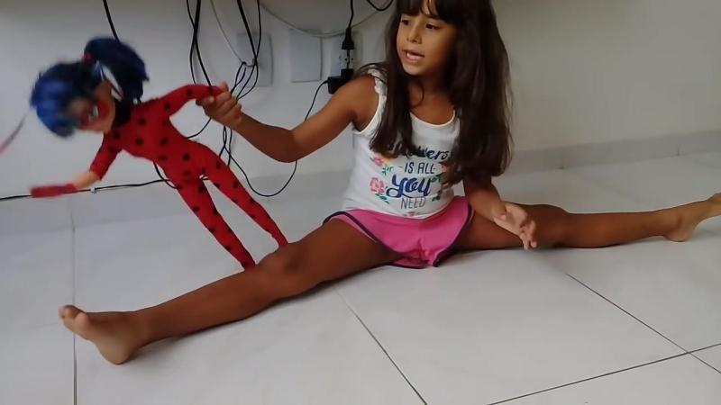 Изабелла в художественной гимнастики. Isabela em ginástica rítmica.