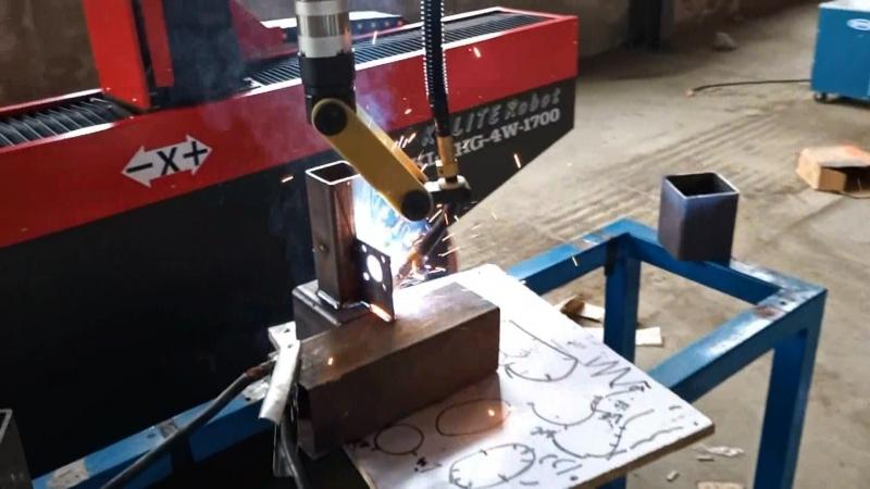 Сварка сложной детали декартовым роботом
