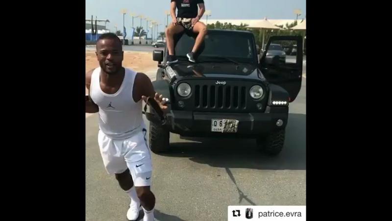 Патрис Эвра тащит на себе Джип