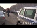 Тевризский участковый помогает вытянуть машину с кювета