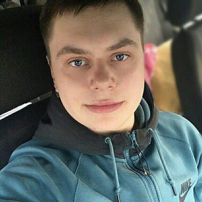 Артём Харлов