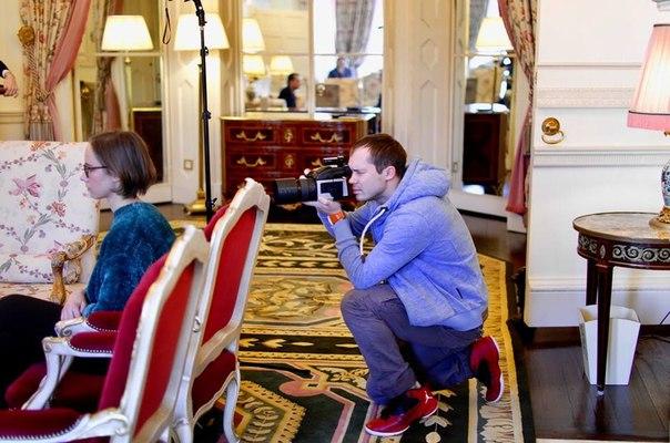 16 января 2018 г, Интервью газете Англия, Ritz, Лондон, Англия (фото, текст) YeFpXqsxjB8