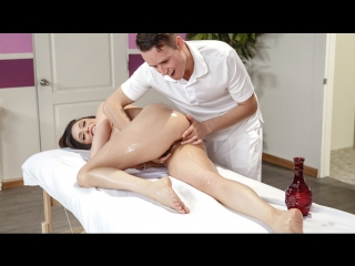 Ariella ferrera – polishing his trophy [brazzers. big tits, brunette, hairy, massage, milf]