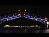 Ночная прогулка по каналам Невы в Санкт-Петербурге. Разводные мосты.