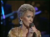 Tammy Wynette's doctor from Pennsylvania said she died of a blood clot in her lung