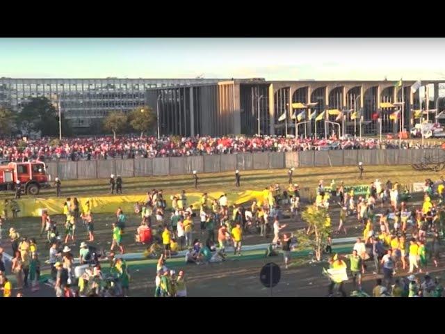 Documentário O muro - processo de impeachment da presidente Dilma Rousseff