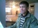 Duniya hai dilwalon ki - A man from Tajikistan singing a hindi song so well...