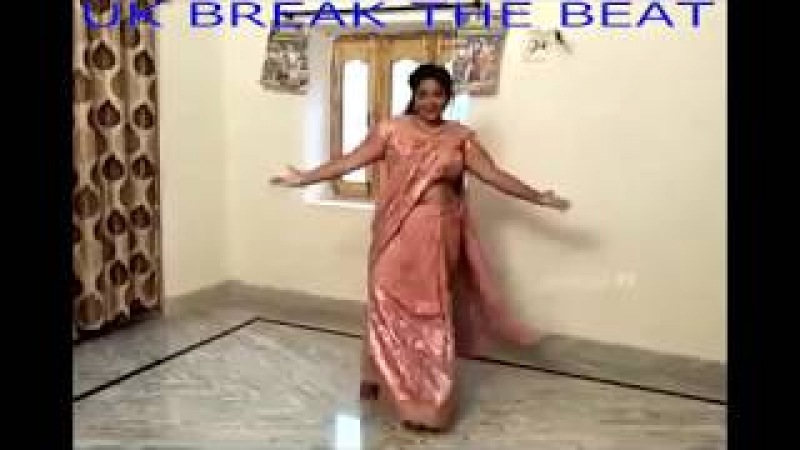 Indian Aunty Dance Practice for her son wedding at home when she was alone