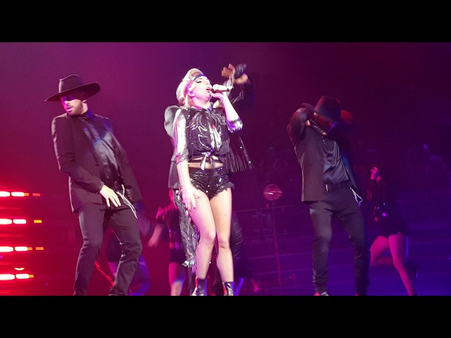 Lady Gaga Poker Face Joanne World Tour Little Caesars Arena Detroit November 7 2017