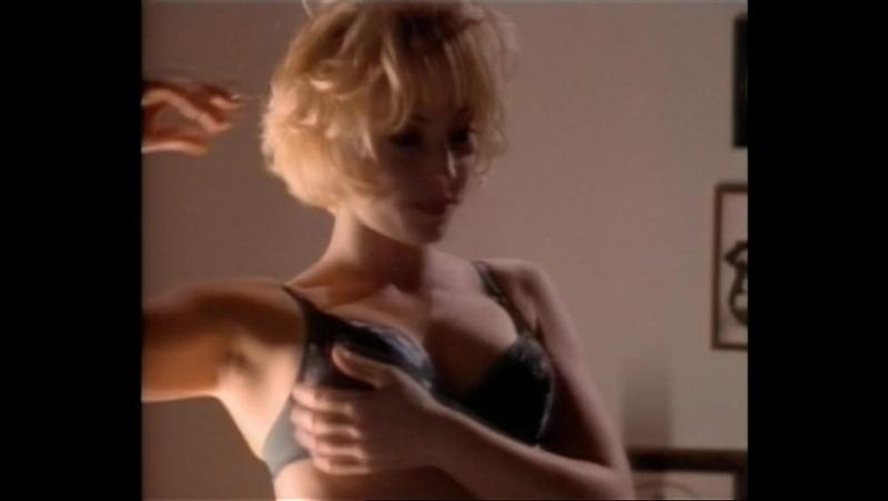 бдсм и эротика(bdsm, секс, бондаж) из фильма Striking Resemblance(Близнецы) - 1997 год