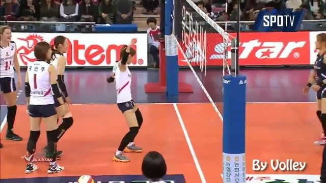 FUNNY DANCE volleyball exultation!