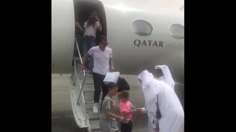 Жизель с семьей в Катаре