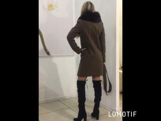 Зимнее пальто, мех съёмный песец.