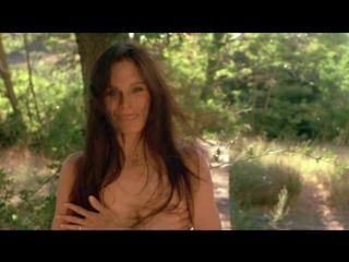 Geraldine chaplin, dominique sanda nude - le voyage en douce (1980) hd 720p