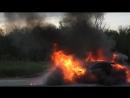 BMW 6 серии сгорела дотла около Молькино