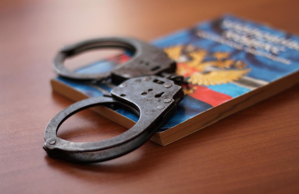 Пенсионерка из Севастополя ограбила несовершеннолетнего мальчика